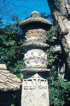 高野の六地蔵塔